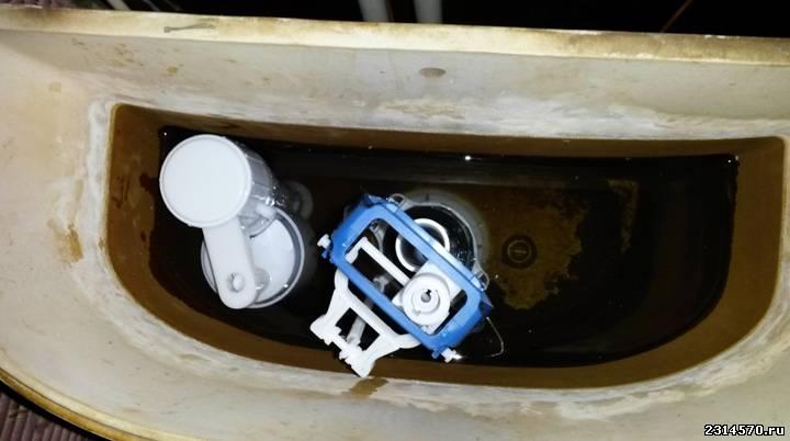 Фото внутренности сливного бачка унитаза